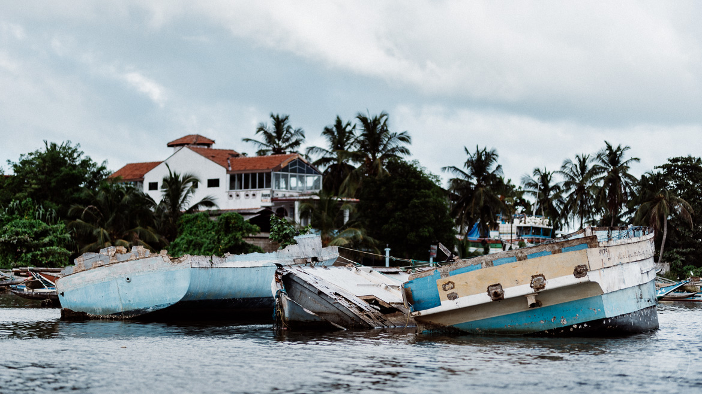 2004 Tsunami Schiffswrack Negombo Sri Lanka
