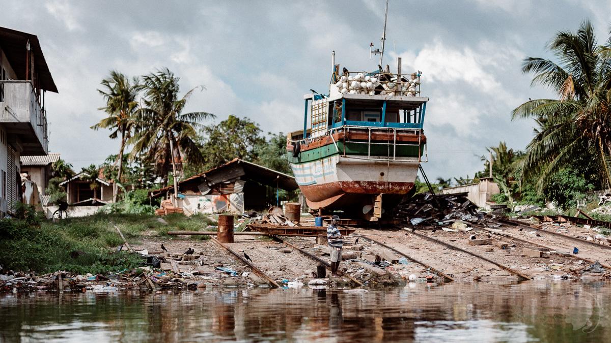 Schon wieder Plastik - Negombo Sri Lanka
