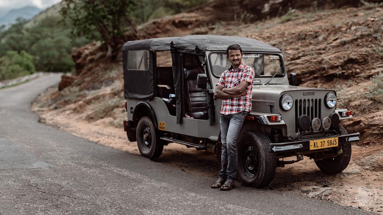 Indien Kerala - Jeep Driver